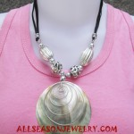 Necklace Pearls