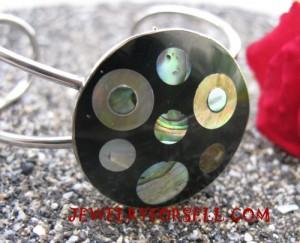 shells stainless bracelets