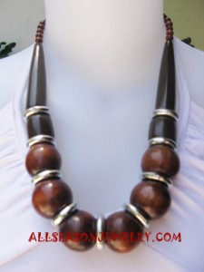 seeds beads wooden necklace